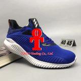 Самое лучшее объявление Yeezy Alphabounce Yeezy сбывания 330 Alpha ботинок тапки спортов идущих ботинок способа