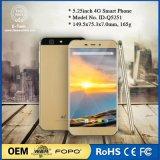 In het groot Smartphone en Goedkope Smartphone met de Groef van de Kaart SIM en Smartphone 4G