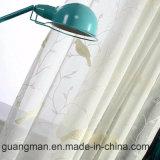 居間のガーゼのボイルのためのカーテンのWindowsのテュルの刺繍されたカーテン