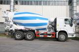 HOWOのブランドの具体的なミキサーのトラックの/Cementのミキサーのトラック