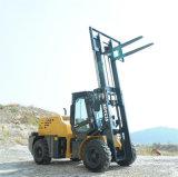 Xdyc35 3.5トンのオフロードフォークリフトのCumminsモーター