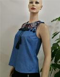 Blouse Applique Sleeveless Denim 2017の卸売の最新の方法ブラウスデザイン刺繍の女性ベスト