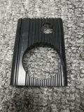 Un profilo di alluminio nero rivestito personalizzato delle 6063 polveri lavorando