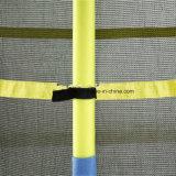 Un trampolino elastico dei 55 capretti rotondi di pollice con l'allegato