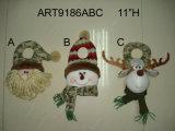 Camoサンタ、スノーマン、トナカイおよびくまの立つ黒板、クリスマスの装飾