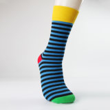 Bunter Großhandelsstreifen gekopierte Kleid-Socken