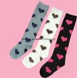 Des Mädchens 24 Zoll Baumwollstrumpf-Socken-mit Streifen-Entwurf