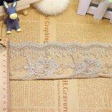 工場衣服のアクセサリのための標準的な卸売7.5cmの幅の刺繍の金の糸のネットのレースポリエステル蝶トリミングの空想の網のレース及びホーム織物及びカーテン