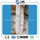 Pañal ultra fino grado B del bebé con el papel mágico de la savia de la cinta