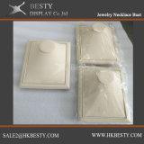 Бюст ожерелья ювелирных изделий с тканью