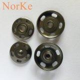 Cinq trous cousant le bouton de rupture en métal de forme d'oeil de poissons d'alliage