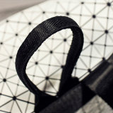 White Silica Freezing Rhombic Geometric Hasp Backpack (A0117)