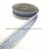 testo fisso di cristallo del Rhinestone di Hotfix della catena del merletto del merletto del nastro dei Rhinestones di 15mm per il pattino (TS-024)