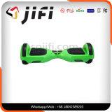 Ruedas multicoloras Hoverboard elegante de la manera dos