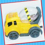 Jouet promotionnel de camion de mélangeur concret avec la sucrerie