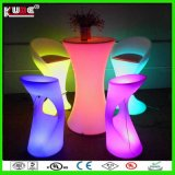 Vente en gros LED Cylinder Table Rechargeable Battery Cocktail LED Table