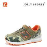 아이들을%s 운동화 단화를 달리는 형식 신발 스포츠