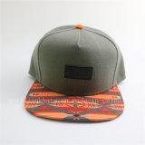 アクリル5パネル100%または実質の革パッチが付いているポリエステル急な回復の帽子
