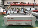 Fournisseur automatique de machine de traceur de découpage de couteau d'oscillation de couvre-tapis de porte de pied de véhicule de convoyeur