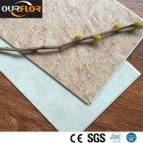Grain de marbre classique pour des carrelages de vinyle de WPC