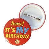 第18誕生日はプラスチック底Pinのバッジに記章を付ける
