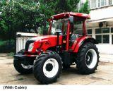 4つの車輪の農業の庭のトラクター