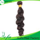 I capelli umani ondulati naturali del grado superiore impacchettano la trama dei capelli del Virgin