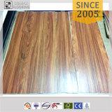 Plancher en bois gravé en relief de planche de vinyle de PVC de configuration des graines