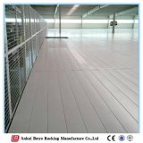 China personalizou a cremalheira do sótão da estrutura do metal do armazém de armazenamento
