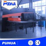 油圧鋼板CNCのタレットの打つ機械