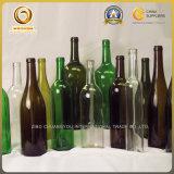 Виды бутылки красного вина стеклянной в античном зеленом цвете и огниве (508)