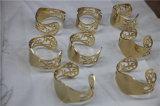 De gouden Apparatuur van de Deklaag van de Juwelen PVD van het Brons Zwarte