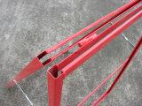 Inserção do metal um frame com estilo simples