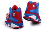 Различный спорт типа обувает ботинки баскетбола ботинок людей обуви тапки