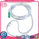 Cannula nasale a gettare dell'ossigeno del PVC del tubo dell'ossigeno dei rifornimenti medici