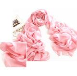 多機能の軽くて柔らかく物質的な浜のスカーフ