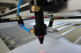 Machine de découpage de laser de CO2 de graveur de coupeur du TM