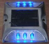 Un indicatore luminoso solare della vite prigioniera del lato della strada del LED di un'illuminazione di due lati
