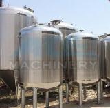 Serviço da cervejaria que armazena a cerveja Using os tanques do Brite (ACE-FJG-Y2)