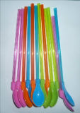 Cuchara plástica de la paja del juguete de diversas dimensiones de una variable