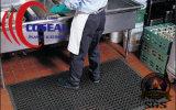 台所または食品加工領域のワーク・ステーションの通りがかり冷却装置およびEntのための犬骨の排水のゴム製マット