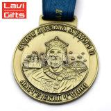 Medalla y trofeos duros de la insignia del balompié del esmalte de la escuela americana de cobre amarillo de encargo barata del recuerdo para la venta