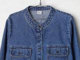 2017新しい元の生産Collarlessボタンの偶然のデニムのワイシャツ