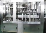 Machine remplissante de l'eau de pétillement et recouvrante de lavage automatique