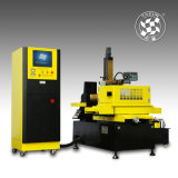 Découpe à fil à grande vitesse CNC EDM DK7763 / machine de déchiquetage électrique