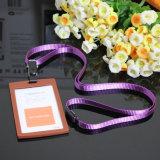 La lanière colorée avec la meilleure coutume de détenteurs de carte d'identification reçoivent