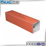 Sección de aluminio del grano de madera/color de madera, superficie de madera, final de madera