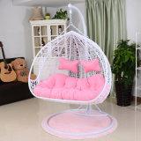 現代余暇の家具の金属の柳細工のハングの椅子の円形の藤(J828)