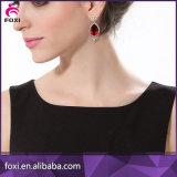 Form-Dubai-Goldstift-Ohrring-Dame-Ohrring-Entwurfs-Abbildungen