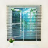 As cortinas as mais atrasadas das inserções do indicador do indicador magnético de alumínio branco da rede de mosquito da cor